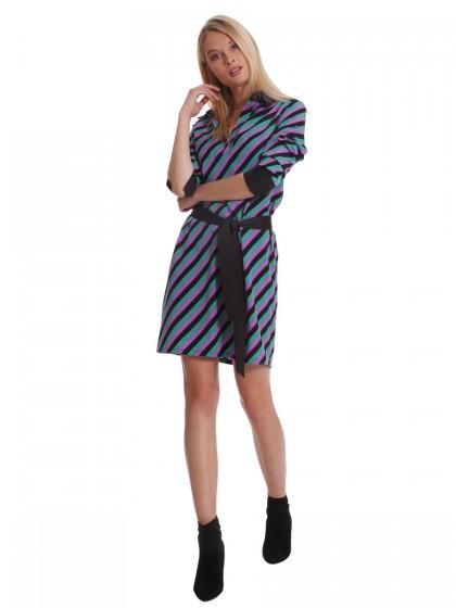 Φόρεμα ριγέ σεμιζιέ ζώνη
