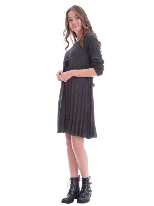 Φόρεμα πλεκτό πλισέ