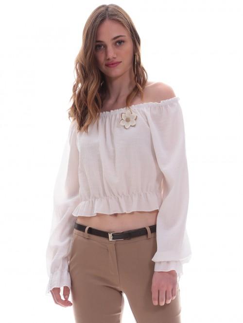 Μπλούζα λευκή έξωμη καρφίτσα